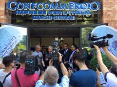 L'inaugurazione della nuova sede di Confcommercio a Macerata