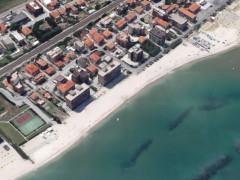La cementificazione della costa delle Marche