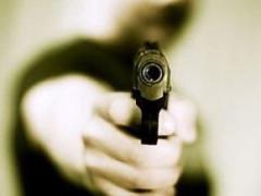 rapina a mano armata, pistola, rapinatore