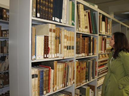 trasferimento dei volumi della biblioteca maceratese