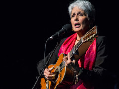 Joan Baez in concerto