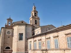 Recanati: la concattedrale (duomo) e chiesa di San Flaviano