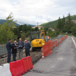 Il sopralluogo al cantiere per i lavori sul ponte sul lago di Fiastra