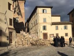 Matteo Renzi in visita alle zone colpite dal terremoto del 26 ottobre 2016