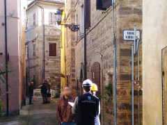 Proseguono i controlli e i sopralluoghi in centro storico a San Severino Marche da parte della Protezione Civile regionale e nazionale a un mese dal terremoto del 30 ottobre 2016