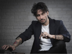 Il cantautore Fabrizio Moro