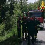 Motociclista finisce in un burrone a Serravalle