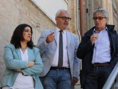Vasco Errani con il sindaco Carancini e il vicesindaco Stefania Monteverde