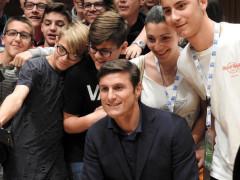 Javier Zanetti in visita a Tolentino