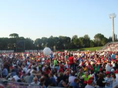 Folla di participanti al pellegrinaggio Macerata-Loreto