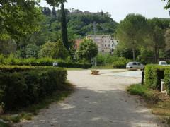 Costruzione della nuova scuola provvisoria a San Severino Marche