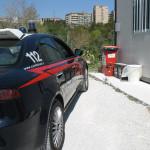 L'auto dei Carabinieri all'area ecologica di Fontescodella, a Macerata