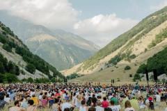 Il concerto di Brunori Sas a Foce di Montemonaco il 31 luglio 2017 per Risorgimarche