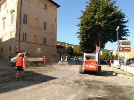 Lavori stradali a San Severino