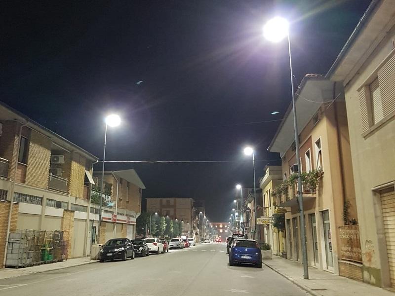 Castelraimondo sostituita con lampade a led parte dell