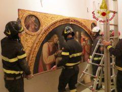 Spostamento di opere d'arte a Tolentino