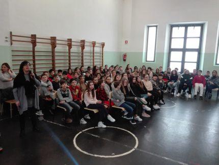 """Studenti dell'Istituto Comprensivo """"Badaloni"""" di Recanati"""