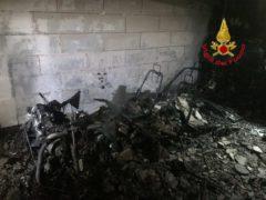 Incendio in un garage di Macerata
