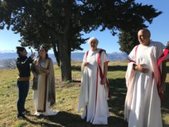 Set televisivo al castello di Pitino di San Severino