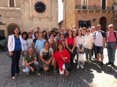 Turisti in visita nei comuni della Marca Maceratese