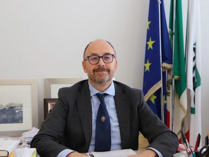Il rettore dell'Università di Camerino Pettinari