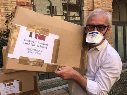 Mascherine donate a Macerata dalla città cinese di Taicang