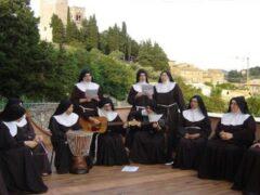 Suore a San Severino Marche