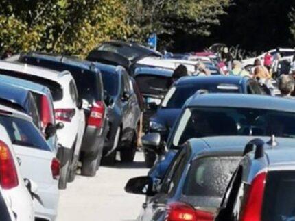 Parcheggi a Canfaito