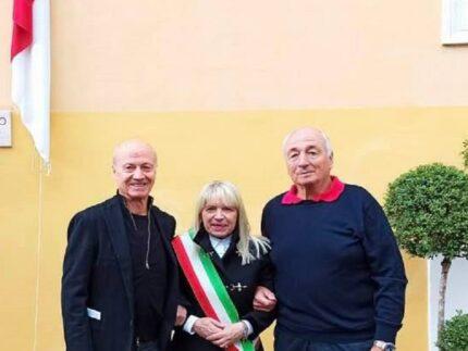 Rosa Piermattei insieme ai figli di Carlo Furbetta